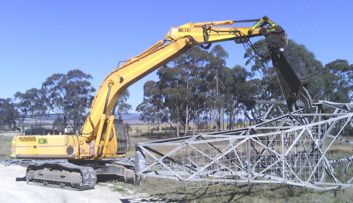 Mobile excavator & shear